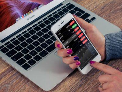 Zalety i wady inwestowania w akcje